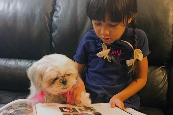 Dogs Inspire Confidence in Struggling Readers